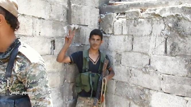 Chiến sự Syria: Vệ binh cộng hòa diệt hàng loạt phiến quân ở ngoại vi Damascus ảnh 10