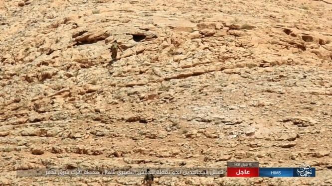 Quân đội Syria bất ngờ hứng thất bại trước IS tại Homs ảnh 7