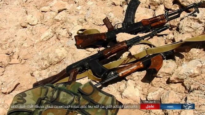 Quân đội Syria bất ngờ hứng thất bại trước IS tại Homs ảnh 14