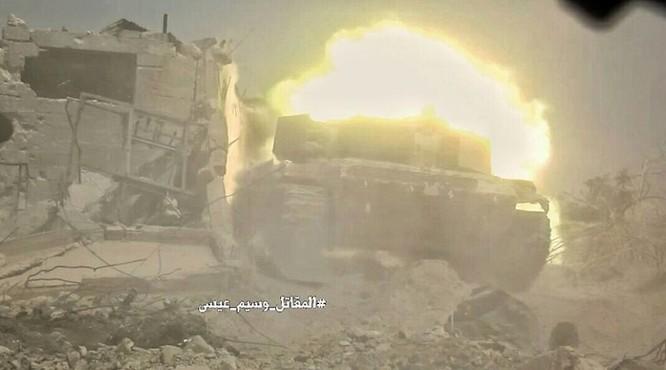 Quân đội Syria đánh phá chiến tuyến phiến quân ngoại ô Damascus ảnh 2