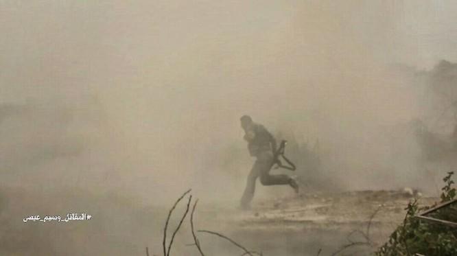 Quân đội Syria đánh phá chiến tuyến phiến quân ngoại ô Damascus ảnh 4