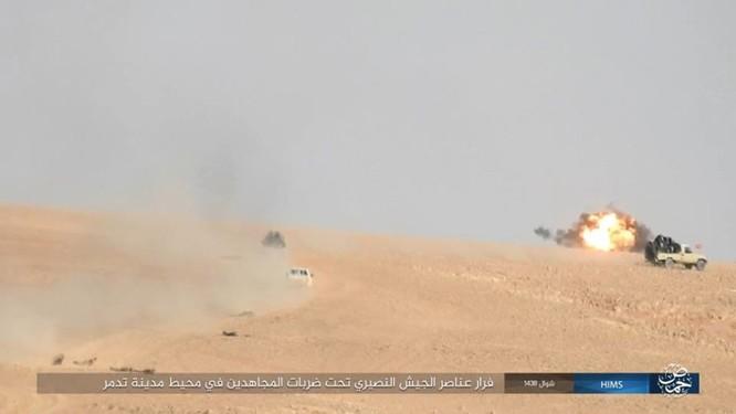 IS ép phiến quân tử chiến tại Palmyra (video) ảnh 1