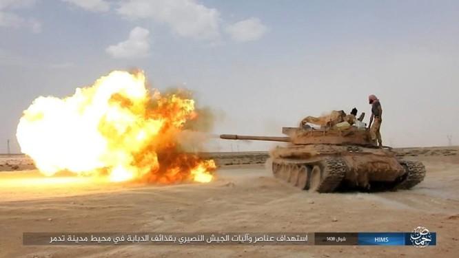 IS ép phiến quân tử chiến tại Palmyra (video) ảnh 2