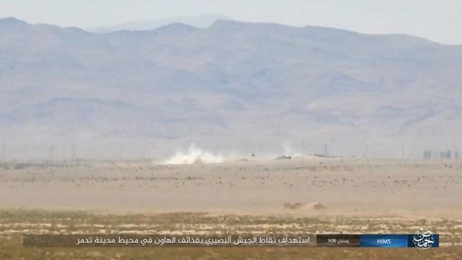 IS ép phiến quân tử chiến tại Palmyra (video) ảnh 4