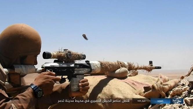 IS ép phiến quân tử chiến tại Palmyra (video) ảnh 5