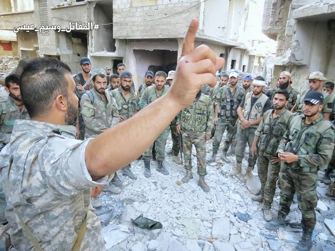 Quân đội Syria tấn công dữ dội cứ địa thánh chiến ngoại ô Damascus (video) ảnh 1