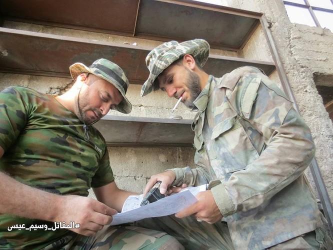 Quân đội Syria tấn công dữ dội cứ địa thánh chiến ngoại ô Damascus (video) ảnh 18