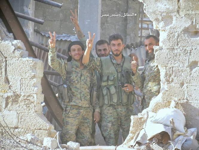 Quân đội Syria tấn công dữ dội cứ địa thánh chiến ngoại ô Damascus (video) ảnh 20