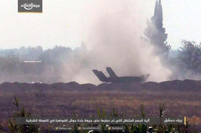 Quân đội Syria bất ngờ hứng thất bại trước phe thánh chiến ngoại ô Damascus ảnh 7