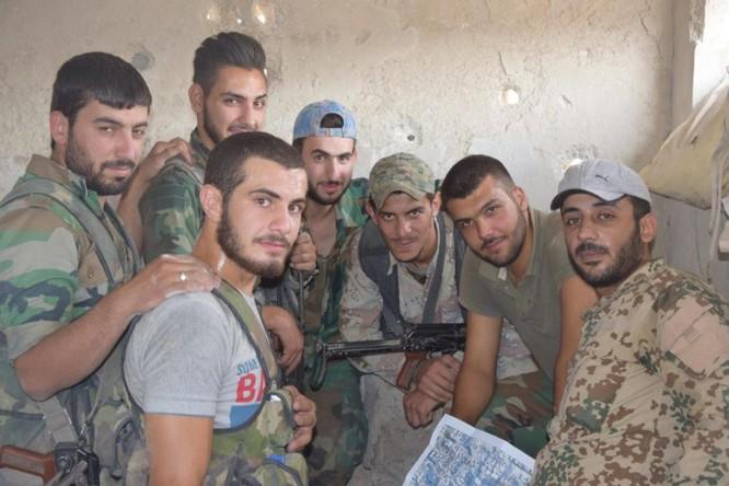 Quân đội Syria quyết thắng phe thánh chiến ngoại vi Damascus ảnh 4