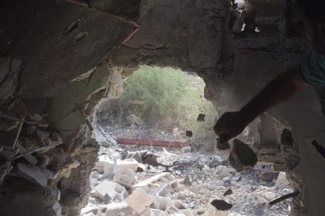 Quân đội Syria quyết thắng phe thánh chiến ngoại vi Damascus ảnh 7