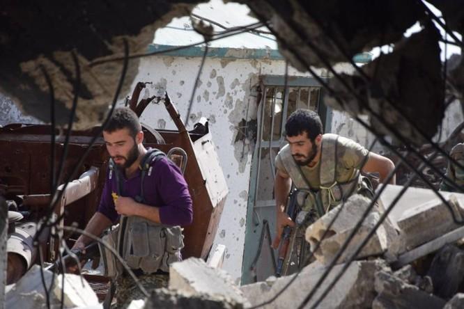 Quân đội Syria quyết thắng phe thánh chiến ngoại vi Damascus ảnh 8