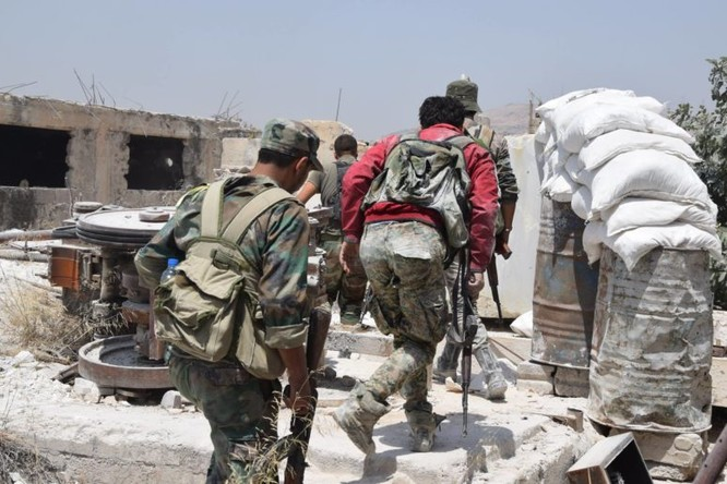 Quân đội Syria quyết thắng phe thánh chiến ngoại vi Damascus ảnh 9