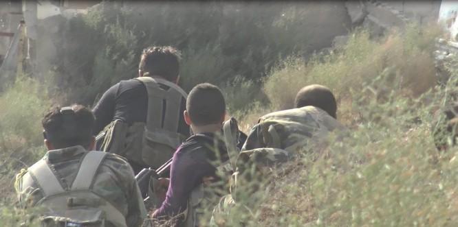 Quân đội Syria quyết thắng phe thánh chiến ngoại vi Damascus ảnh 10
