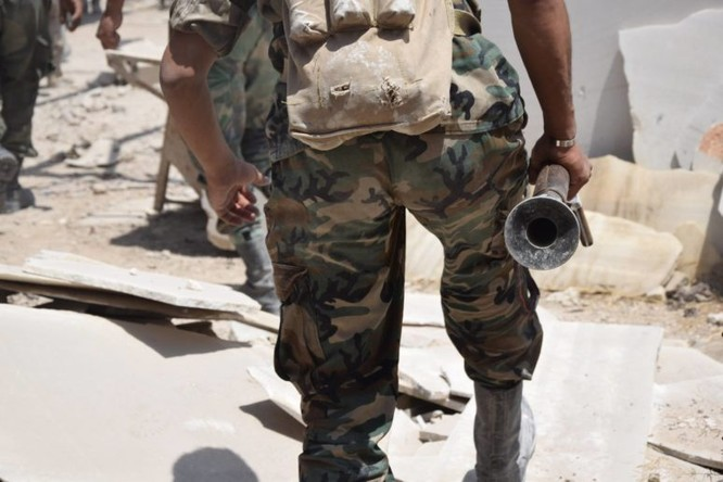 Quân đội Syria quyết thắng phe thánh chiến ngoại vi Damascus ảnh 17