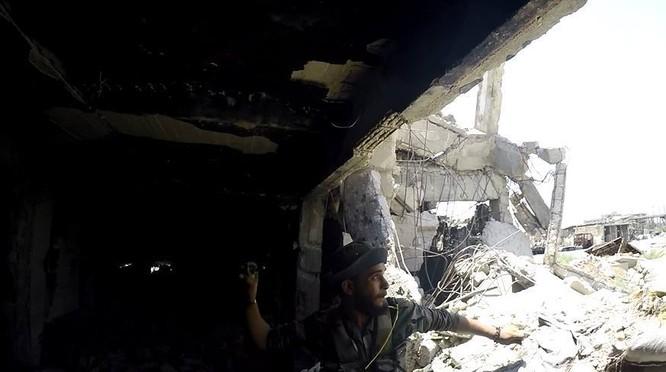 Quân đội Syria quyết thắng phe thánh chiến ngoại vi Damascus ảnh 24