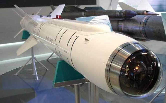 Nga khoe tên lửa không đối đất trên máy bay tàng hình T-50 ảnh 1
