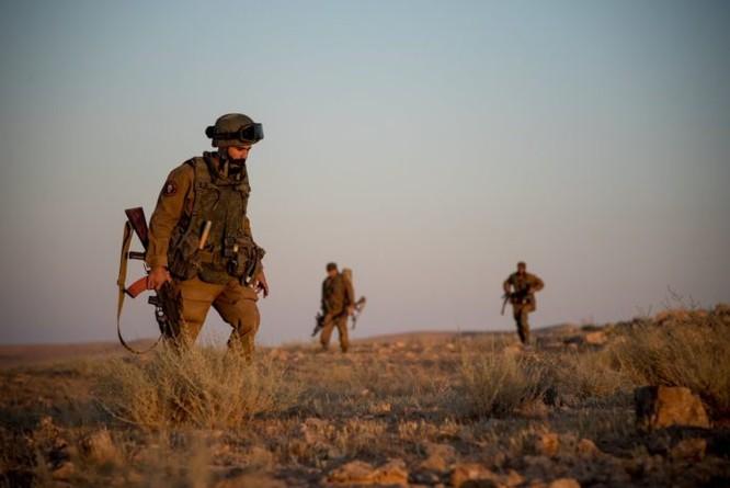 """""""Đặc nhiệm """"Săn IS"""" tiến công diệt địch trên chiến trường Homs, Hama ảnh 1"""