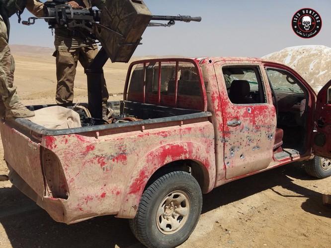 """""""Đặc nhiệm """"Săn IS"""" tiến công diệt địch trên chiến trường Homs, Hama ảnh 7"""