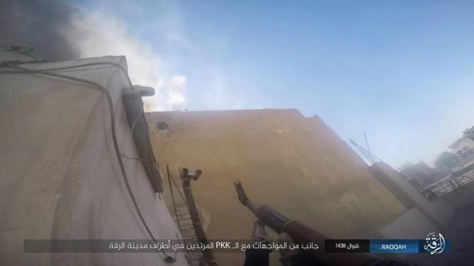 Chiến sự Syria: IS điên cuồng chống cự tại sào huyệt Raqqa ảnh 1