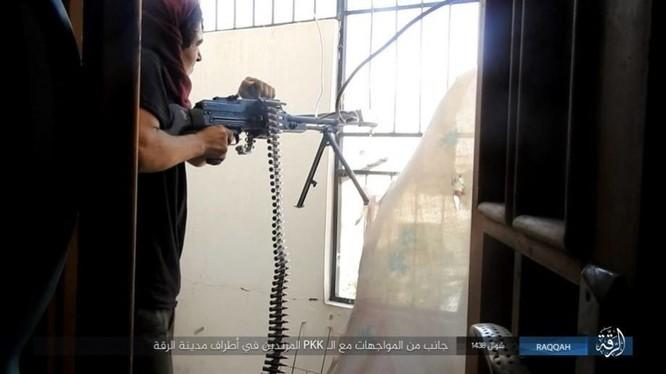 Chiến sự Syria: IS điên cuồng chống cự tại sào huyệt Raqqa ảnh 5