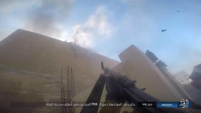Chiến sự Syria: IS điên cuồng chống cự tại sào huyệt Raqqa ảnh 8