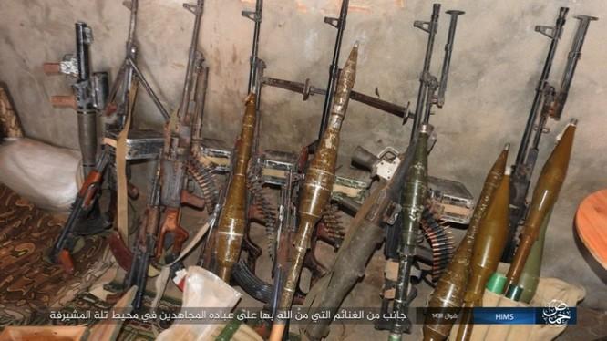 Quân đội Syria thất bại không đáng trước IS tại Homs ảnh 11