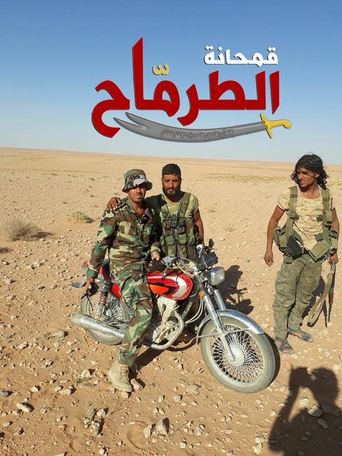 """""""Hổ Syria"""" chọc thủng chiến tuyến IS, áp sát Deir Ezzor chỉ 40 km ảnh 3"""