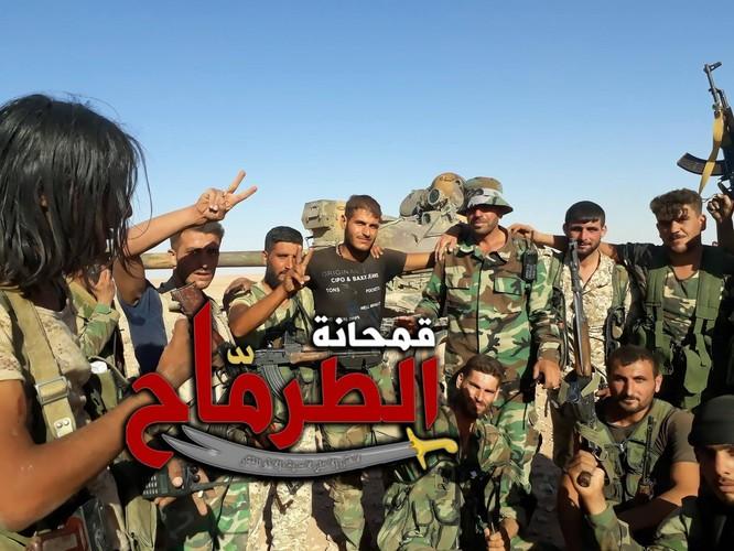 """""""Hổ Syria"""" chọc thủng chiến tuyến IS, áp sát Deir Ezzor chỉ 40 km ảnh 4"""