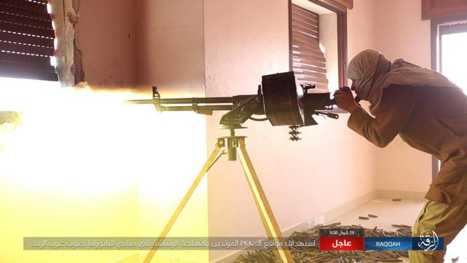 Hàng chục phiến quân IS nộp mạng trước SDF ở Raqqa, Syria ảnh 8
