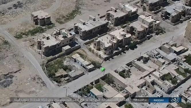 IS tung 4 xe bom tự sát tấn công liên tiếp người Kurd tại Raqqa ảnh 8