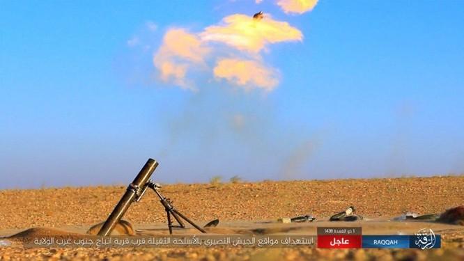 Bại trận liên tiếp, IS điên cuồng chống cự quân đội Syria ảnh 1