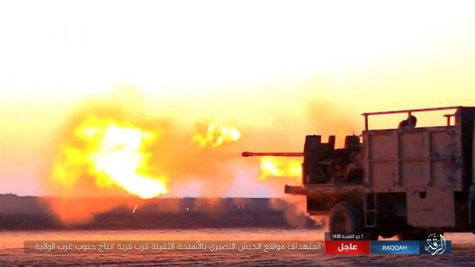 Bại trận liên tiếp, IS điên cuồng chống cự quân đội Syria ảnh 2