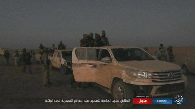 Quân đội Syria bị IS cho nếm thất bại tại Raqqa do chủ quan, sơ hở ảnh 1