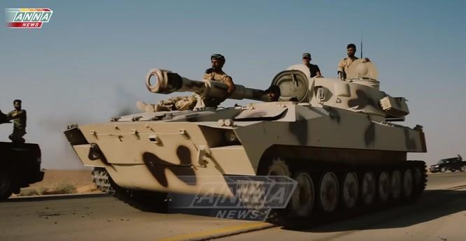 """""""Hổ Syria"""" áp sát Deir Ezzor 15 km, IS dàn trận phản công ảnh 2"""