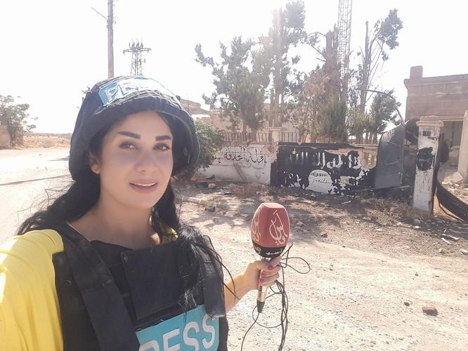 """Đặc nhiệm """"Săn IS"""" Syria đè bẹp IS chiếm thị trấn phiến quân tại Hama (video) ảnh 4"""