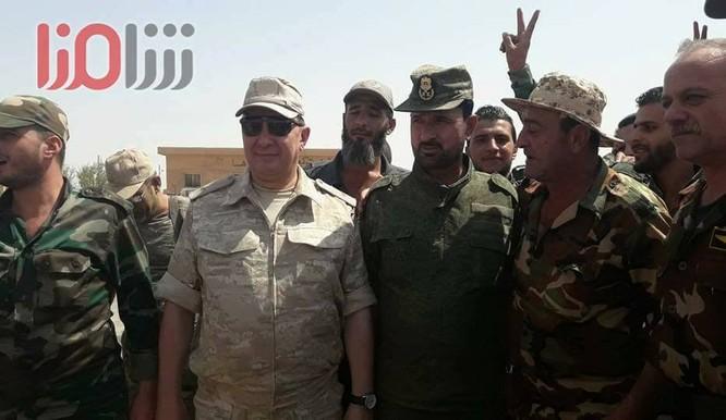 """""""Hổ Syria"""" sắp giáng đòn kết liễu IS, giải phóng hoàn toàn Deir Ezzor ảnh 2"""