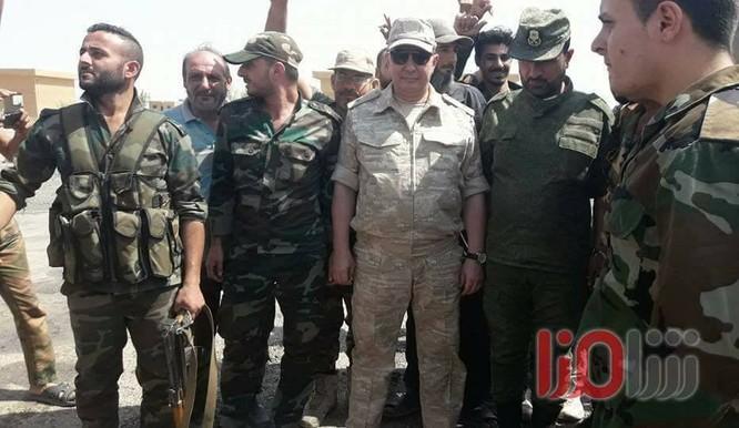 """""""Hổ Syria"""" sắp giáng đòn kết liễu IS, giải phóng hoàn toàn Deir Ezzor ảnh 4"""