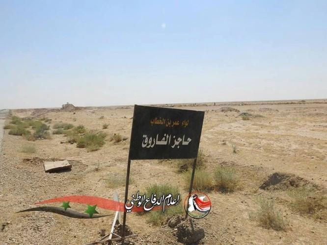Quân đội Syria, người Kurd đua tấn công IS chiếm lãnh địa tại Deir Ezzor ảnh 7