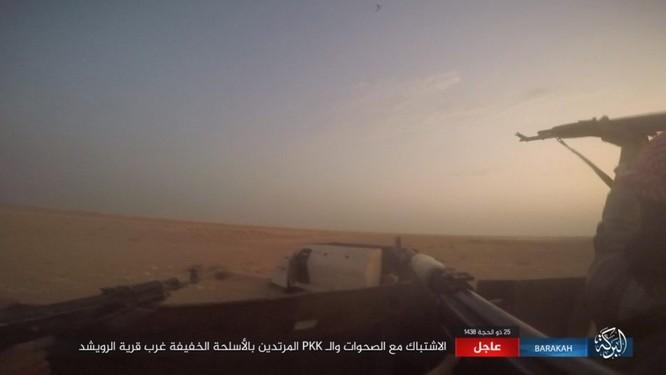 """Người Kurd đe đánh quân đội Syria tại Deir Ezzor, IS """"vờ"""" chống cự ảnh 4"""