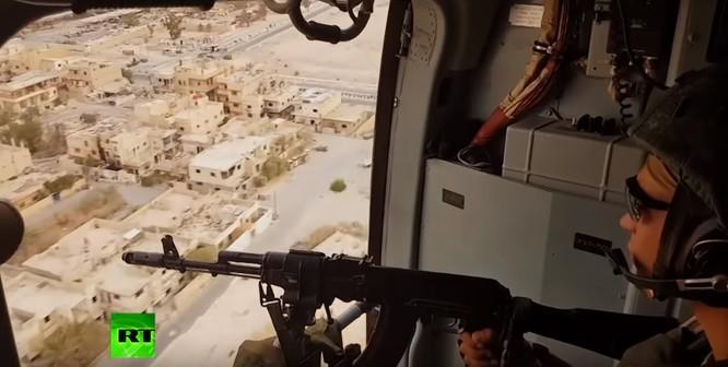 Quân đội Syria dồn dập truy diệt IS, Mỹ cáo buộc Nga đánh người Kurd ảnh 9