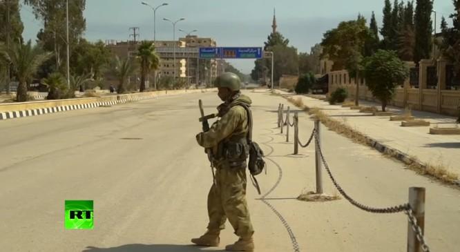 Quân đội Syria dồn dập truy diệt IS, Mỹ cáo buộc Nga đánh người Kurd ảnh 10