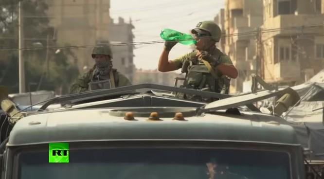 Quân đội Syria dồn dập truy diệt IS, Mỹ cáo buộc Nga đánh người Kurd ảnh 11