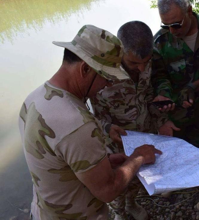 Quân Syria băng qua Euphrates nghiền nát IS, Mỹ vội đề xuất đàm phán (chùm video) ảnh 3
