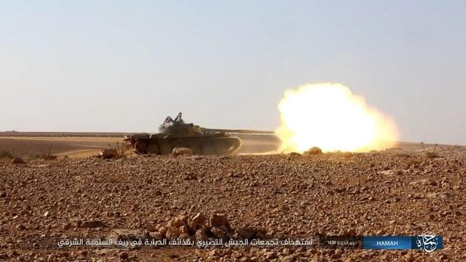Quân đội Syria đập tan IS, chiếm liên tiếp 9 địa bàn trên sa mạc Homs ảnh 8