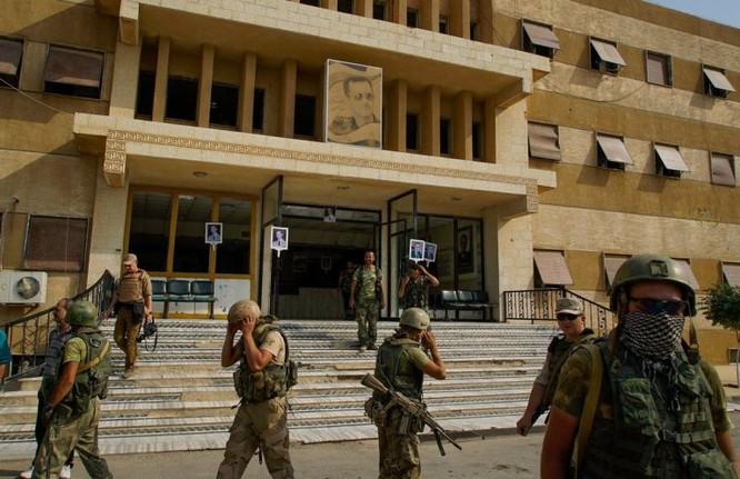 Quân Syria quyết quét sạch IS tại Deir Ezzor, Nga đanh giọng đe Mỹ-Kurd ảnh 1