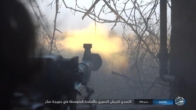 Quân Syria và IS tử chiến đẫm máu trên đảo lửa tại Deir Ezzor (video) ảnh 6