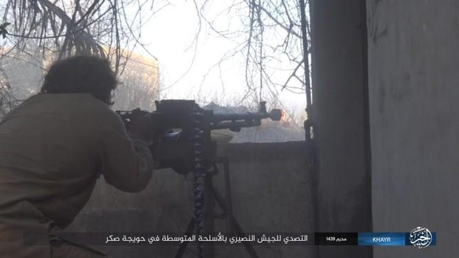Quân Syria và IS tử chiến đẫm máu trên đảo lửa tại Deir Ezzor (video) ảnh 7