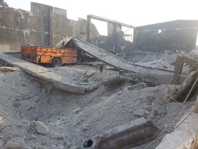 Nga nổi cơn lôi đình, trút hỏa lực hủy diệt Al-Qaeda Syria (video) ảnh 2