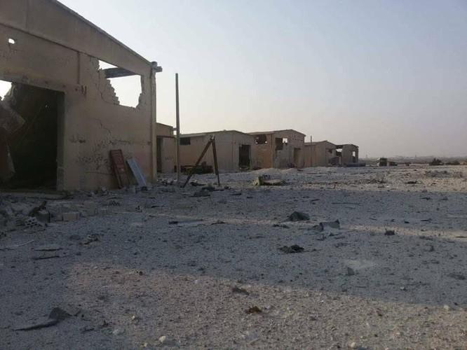 Nga nổi cơn lôi đình, trút hỏa lực hủy diệt Al-Qaeda Syria (video) ảnh 3